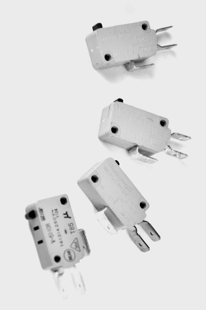 Merrychef MD Series Interlock switch kit [KIT17]