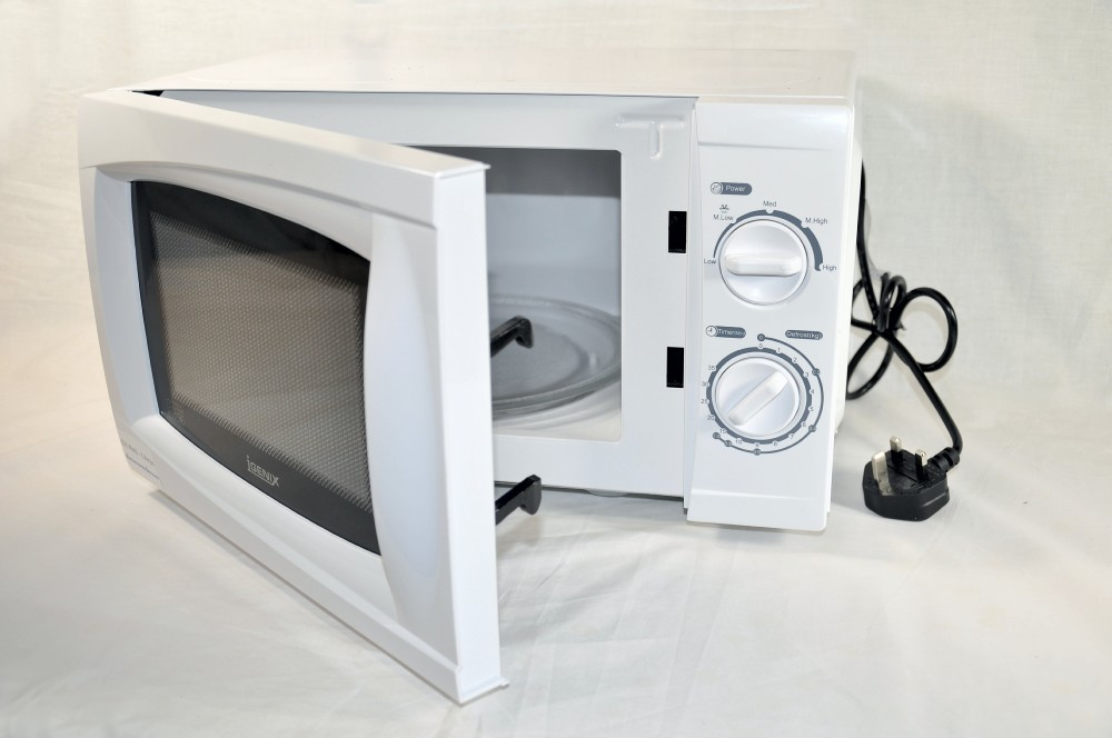 500 Watt Low Wattage White Microwave Oven