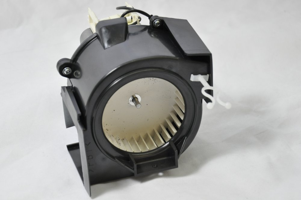 Panasonic commercial cooling fan - Right (PAN.COM.A490Y3030GPR)