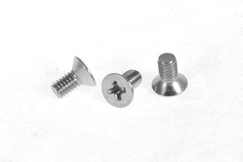 Replacement screws for Panasonic Breadmaker Mounting shaft [PAN.BRE.KIT016]